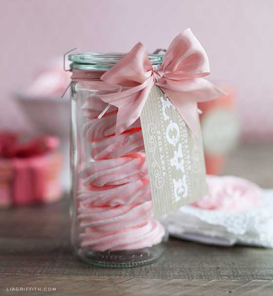 Don't these Raspberry Rose Meringues look so pretty?